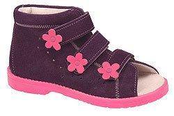 Buty profilaktyczne dla dziewczynki