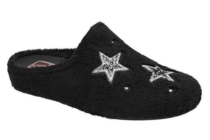 Kapcie MANITU 320576-1 Czarne Pantofle domowe Ciapy