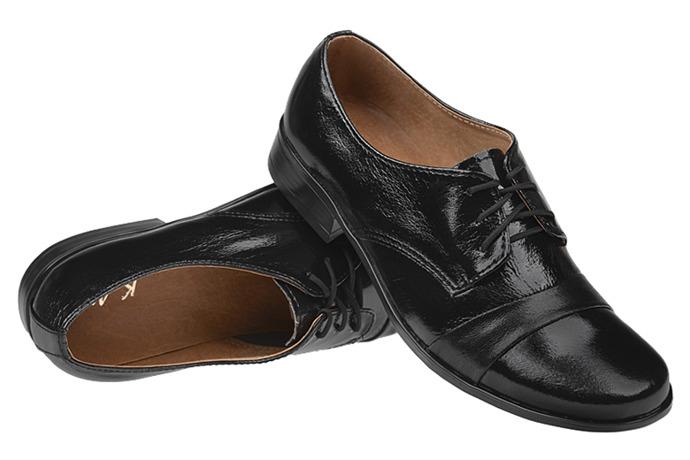 Półbuty komunijne wizytowe Lakierki buty KMK 106 Czarne