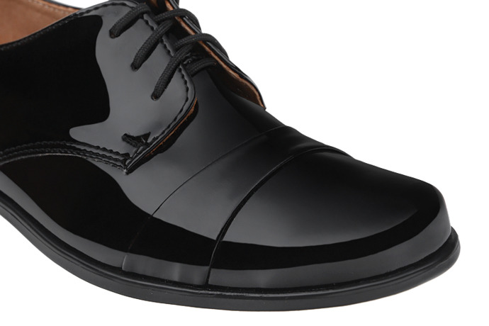 Półbuty komunijne wizytowe Lakierki buty KMK 106 Czarne L