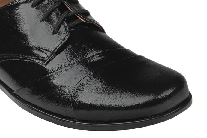 Półbuty komunijne wizytowe Lakierki buty KMK 83 Czarne